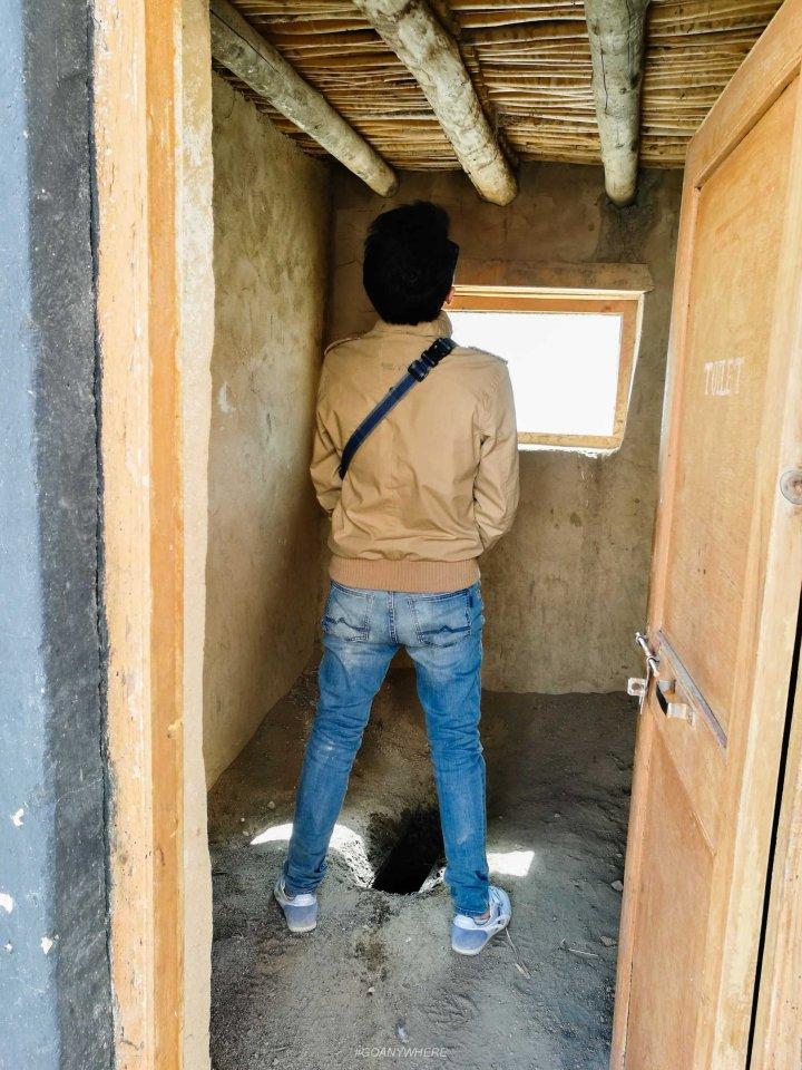 Leh Ladakh_toilet_171112_0062
