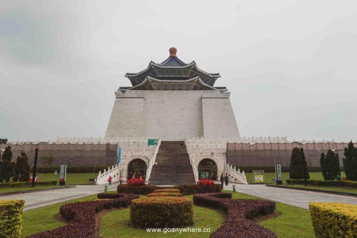Taiwan-Chiang kai-shek memorial hall-taipe_9002 2