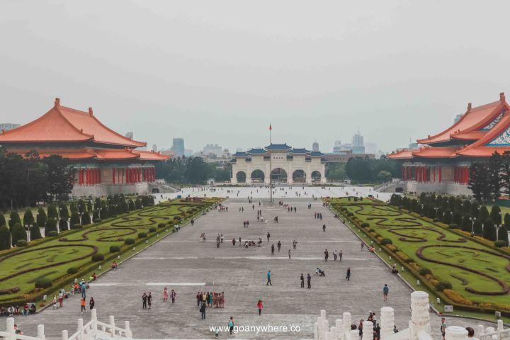 Taiwan-Chiang kai-shek memorial hall-taipe_9010 2