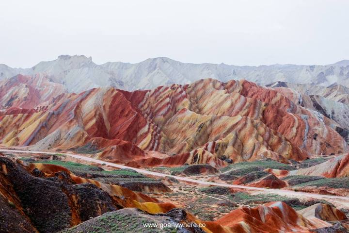 Rainbow-mountain-china.jpg